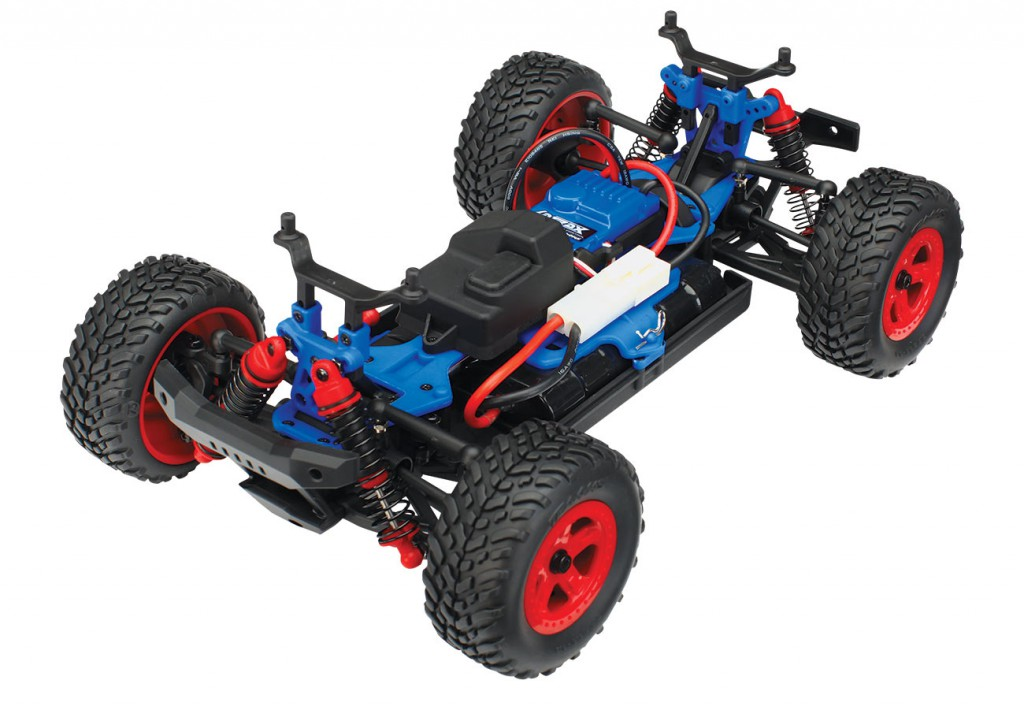 760441-SST-3qtr-chassis